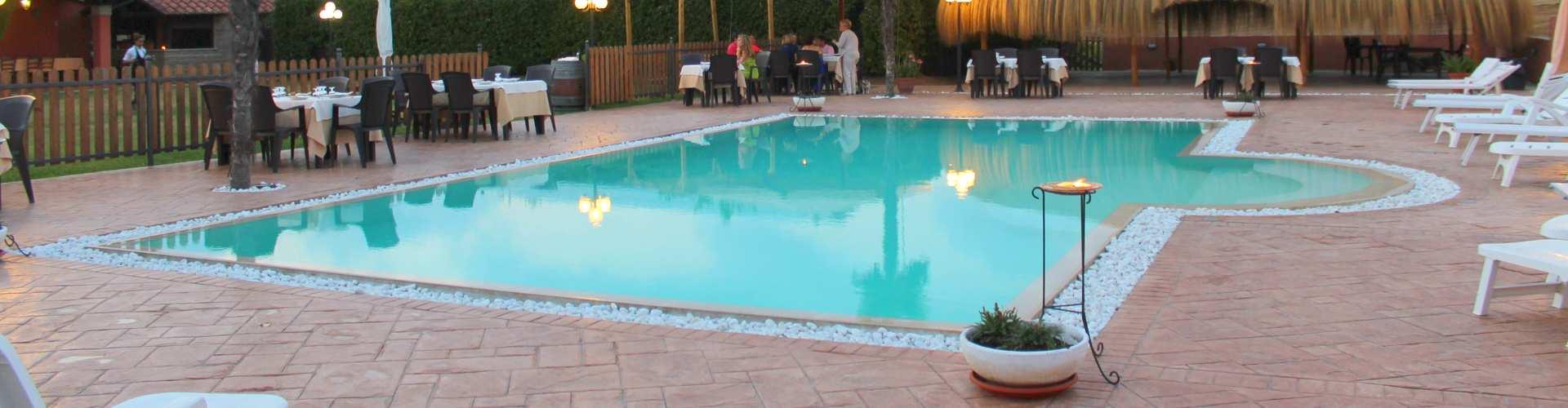 Agriturismo Valle di Ceri con piscina