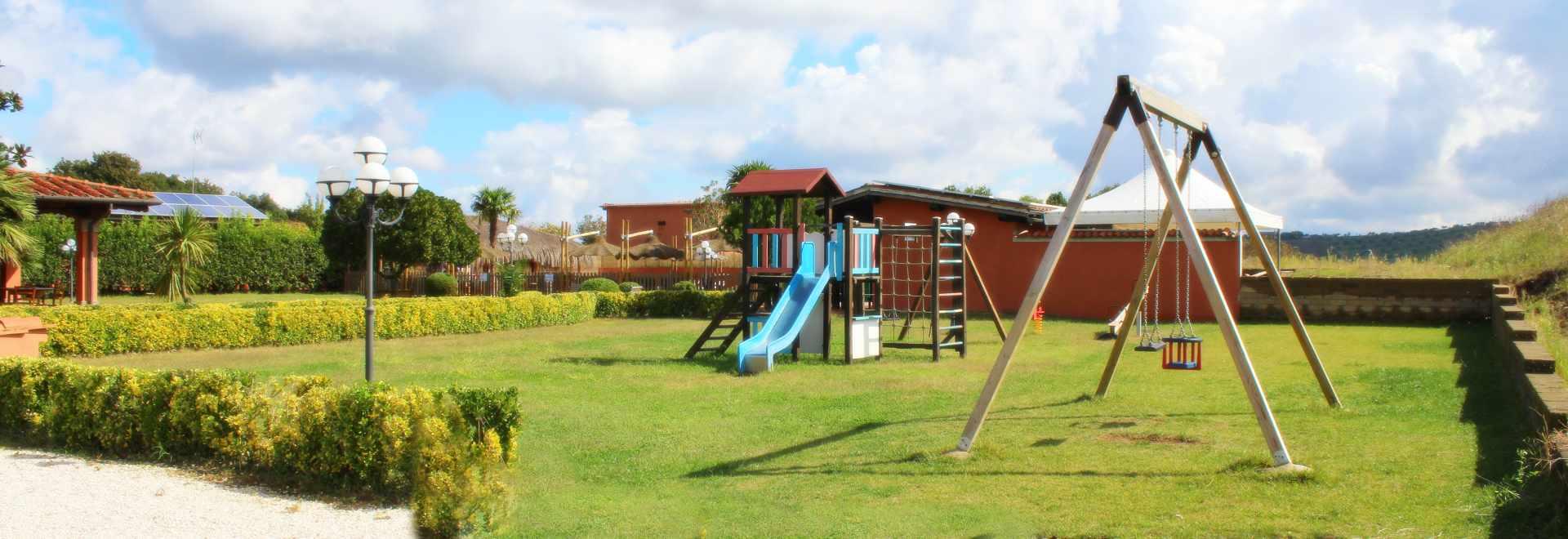 Agriturismo con parco giochi