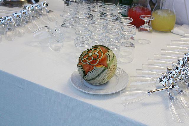 Melone decorato per il ricevimento di matrimonio alla Valle di Ceri